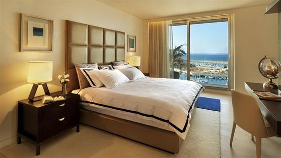 Five-star-of-David-Ritz-Carlton-opens-Herzliya-Israel-_41