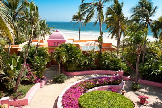 Las Alamandas , Mexico Introduces Valentine's Day _66