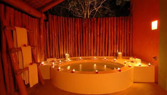 Las Alamandas , Mexico Introduces Valentine's Day _95