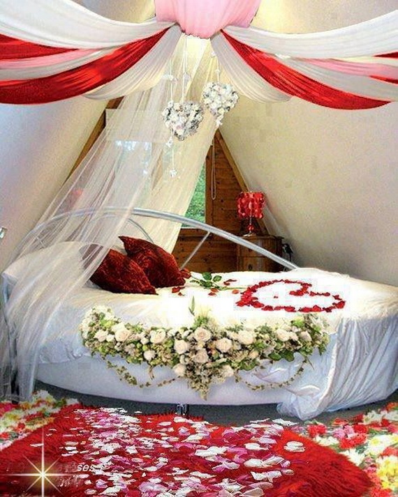 Valentine s day bedroom decoration ideas for your perfect for Asian wedding bed decoration
