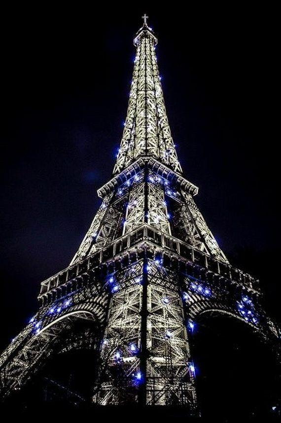 A Family-Friendly City Break  in  Paris Eiffel Tower  _01