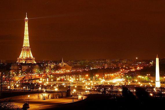 A Family-Friendly City Break  in  Paris Eiffel Tower  _05