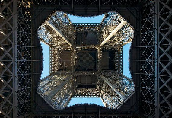 A Family-Friendly City Break  in  Paris Eiffel Tower  _12