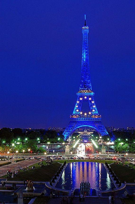 A Family-Friendly City Break  in  Paris Eiffel Tower  _15