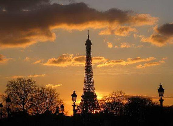 A Family-Friendly City Break  in  Paris Eiffel Tower  _19