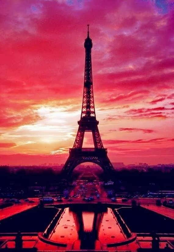 A Family-Friendly City Break  in  Paris Eiffel Tower  _20