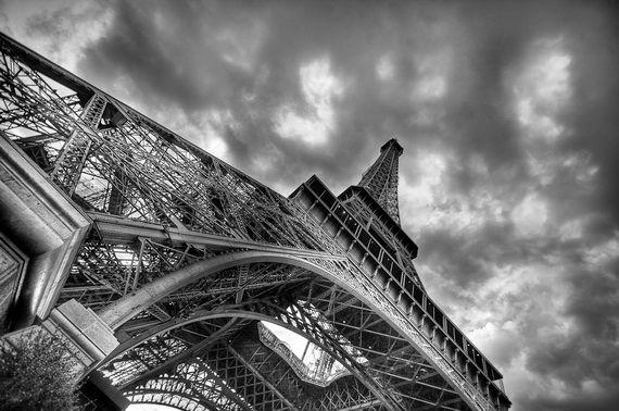 A Family-Friendly City Break  in  Paris Eiffel Tower  _30