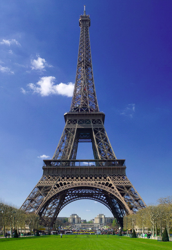 A Family-Friendly City Break  in  Paris Eiffel Tower  _37