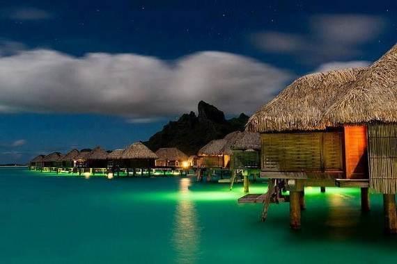 Best-Overwater-Bungalows-In-Tahiti-Le-Meridien-Bora-Bora-_03