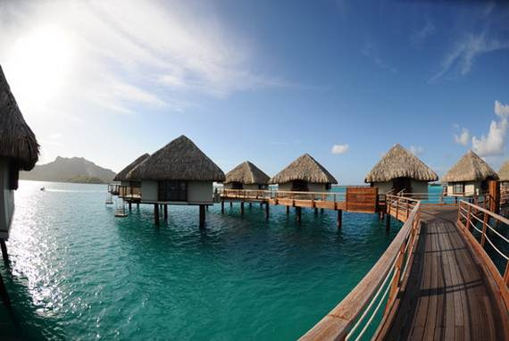 best overwater bungalows in tahiti le meridien bora bora 08. Black Bedroom Furniture Sets. Home Design Ideas