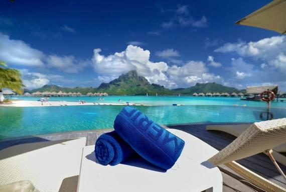 Best-Overwater-Bungalows-In-Tahiti-Le-Meridien-Bora-Bora-_09