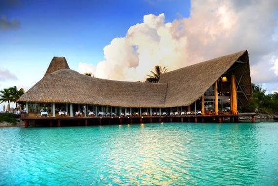 Best-Overwater-Bungalows-In-Tahiti-Le-Meridien-Bora-Bora-_13
