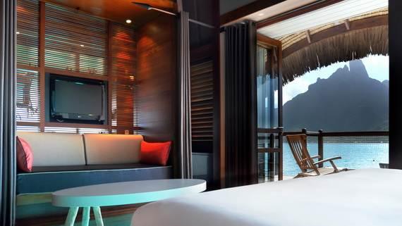 Best-Overwater-Bungalows-In-Tahiti-Le-Meridien-Bora-Bora-_25