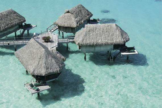 Best-Overwater-Bungalows-In-Tahiti-Le-Meridien-Bora-Bora-_45