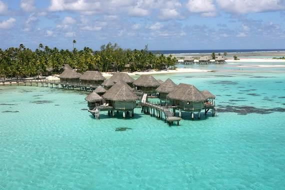 Best-Overwater-Bungalows-In-Tahiti-Le-Meridien-Bora-Bora-_50