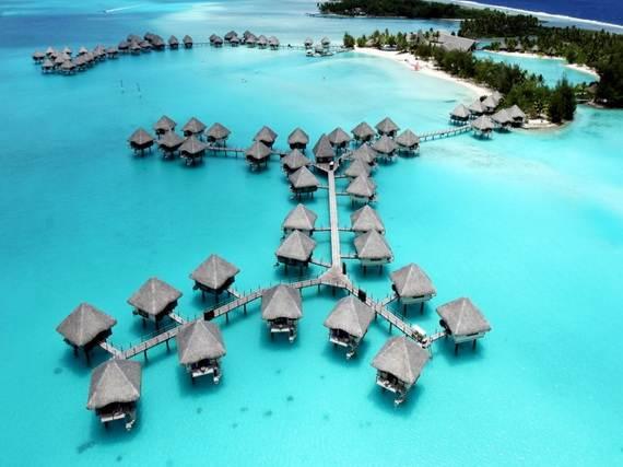 Best-Overwater-Bungalows-In-Tahiti-Le-Meridien-Bora-Bora-_62