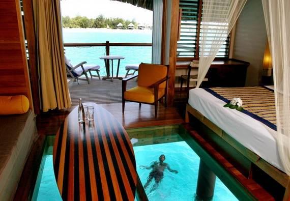 Best-Overwater-Bungalows-In-Tahiti-Le-Meridien-Bora-Bora-_75