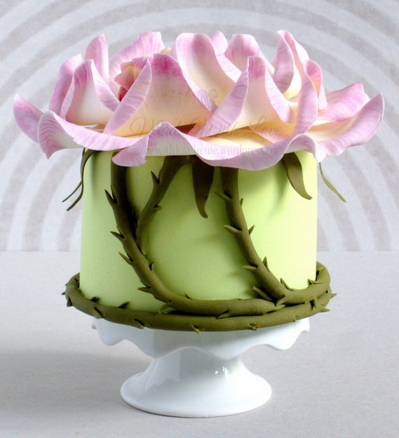 Fabulous Easter Wedding Cake Ideas & Designs_08 (2)