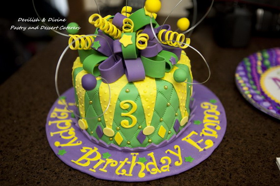 Mardi Gras King Cake Ideas_27