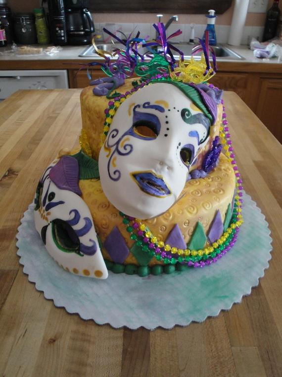King Cake Decorating Kit : 60 Mardi Gras King Cake Ideas - family holiday.net/guide ...