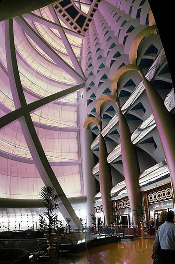 Sneak Peek; The World's Most Luxurious Hotel Burj Al Arab Dubai, United Arab Emirates_02
