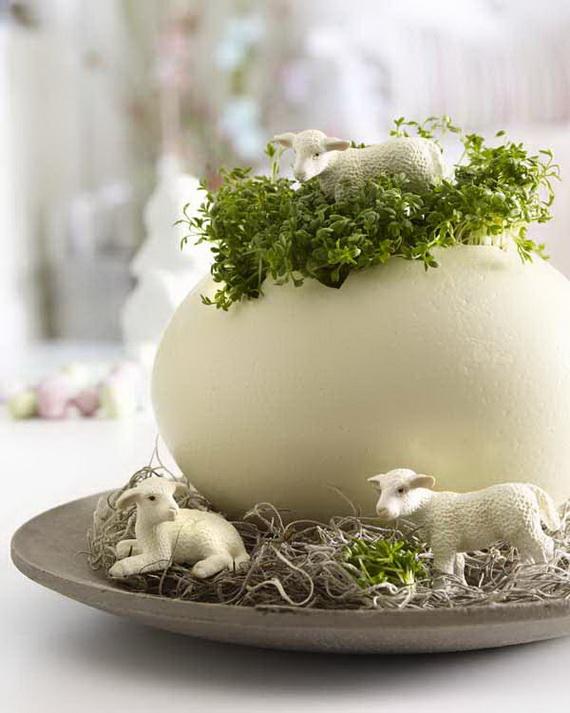 Schnelle Osterideen: Lamm steht in Kresse