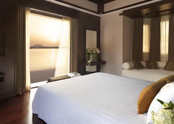 Anantara_Dubai_The_Palm_Resort_Anantara_Two_Bedroom_Beach_Pool_Villa_Bedroom_Sunset