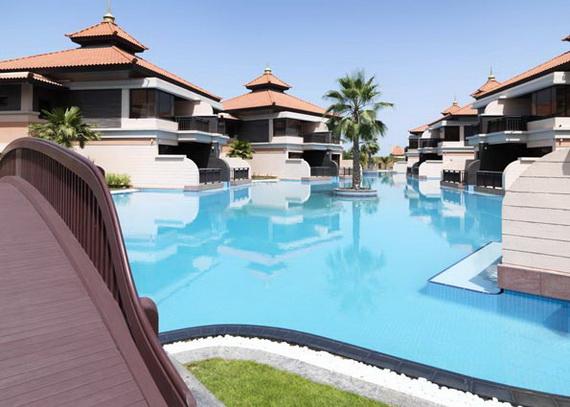 Anantara_Dubai_The_Palm_Resort_Lagoon_Bridge