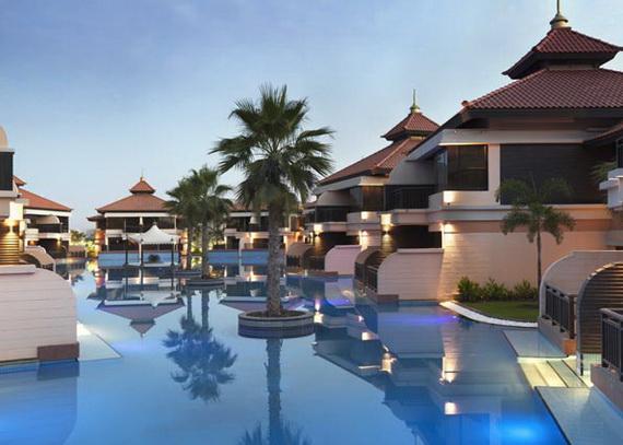 Anantara_Dubai_The_Palm_Resort_Lagoon_Rooms