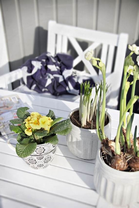 Awesome Spring And Easter Ideas To Spruce Up Your Porch