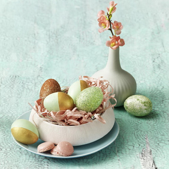Creative Ways to Decorate With Easter Eggs_40