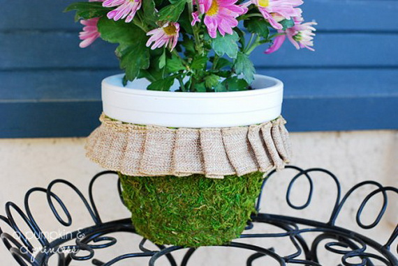 Fresh Spring Decorations Ideas - Decorate And Tinker With Moss_40