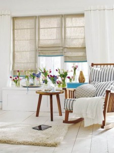 Pretty-Simple-Easter-Fresh-Window-Decoration-Ideas_30