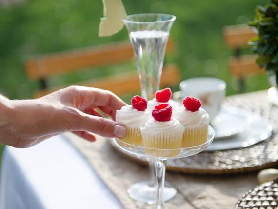 30-Cool-Mother's-Day-Tea-Table-Décor-Ideas_21