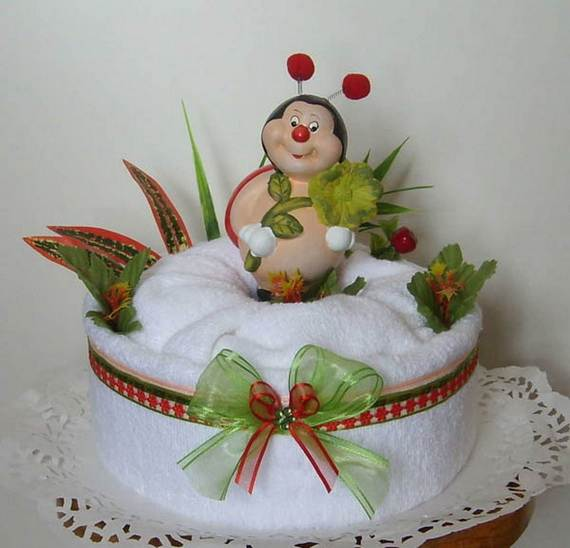 35-Unusual-Homemade-Mothers-Day-Gift-Ideas-Amazing-Towel-Cakes_14