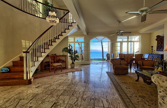 Jewel Of Hawaiian Lahaina Oceanfront Estate In Maui Offers Luxury At Its Best_12