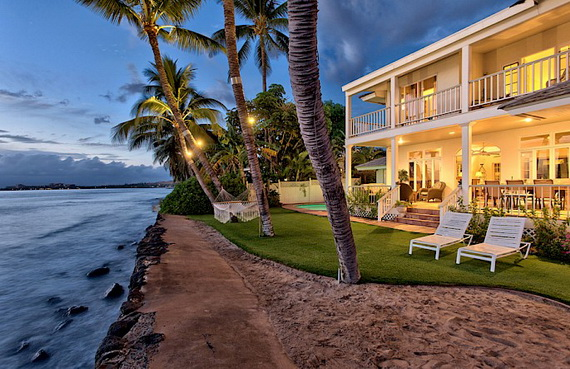 Jewel Of Hawaiian Lahaina Oceanfront Estate In Maui Offers Luxury At Its Best_23