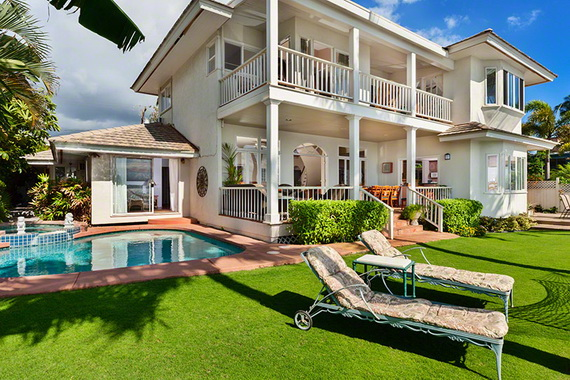 Jewel Of Hawaiian Lahaina Oceanfront Estate In Maui Offers Luxury At Its Best_27