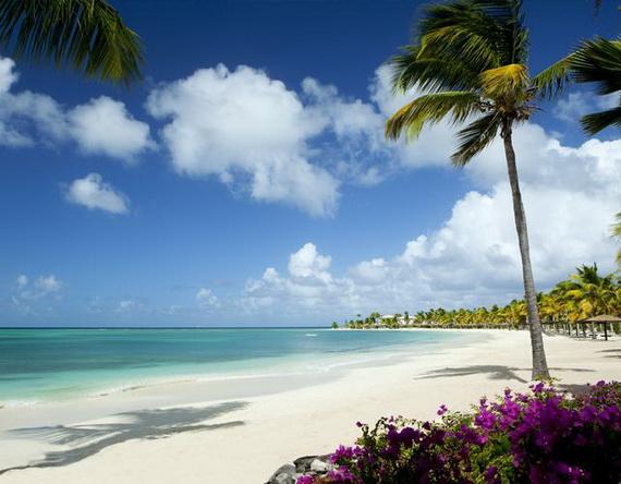 Sea Breeze Amazing Caribbean Rental Villa At Jumby Bay Featuring Exceptional Panoramas_08
