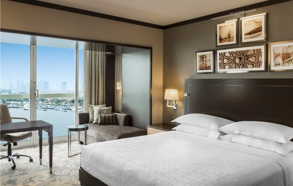 Spend A Luxury  Holiday In Sheraton Dubai Creek Hotel & Towers  _05 (2)