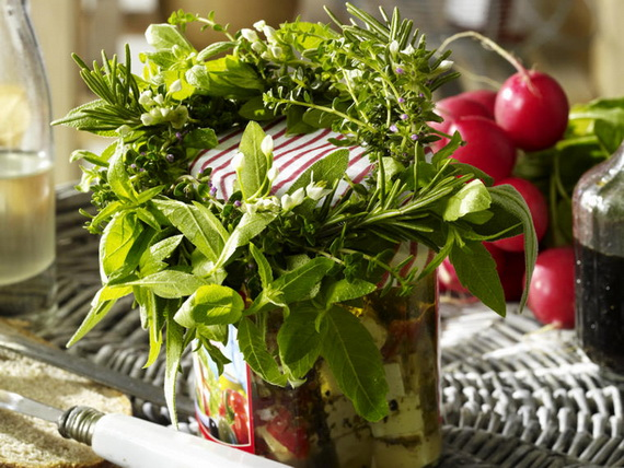 Spice Up Your Holiday Décor… Herbal Decorating  Make Great Seasonings_13