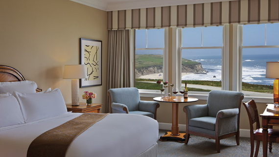 an inspiring recreation of a bygone era, characterized by grand seaside lodging_08