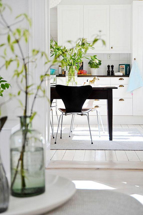 A Budget-Friendly Scandinavian Style Home_10