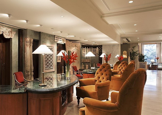 A Luxury Old World Charm in Center New Delhi Taj Mahal Hotel _08