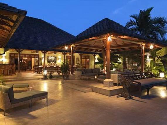 amazing-beachfront-rental-villa-with-panoramic-views-in-jamaica_14