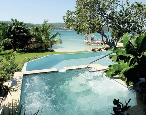 amazing-beachfront-rental-villa-with-panoramic-views-in-jamaica_15