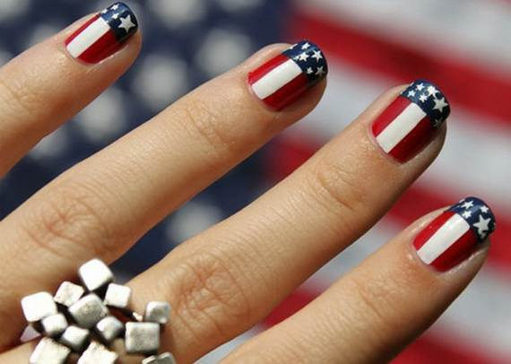 Amazing-Patriotic-Nail-Art-Designs-Ideas_16 - 40 Amazing Patriotic Nail Art Designs & Ideas For The 4th Of July On