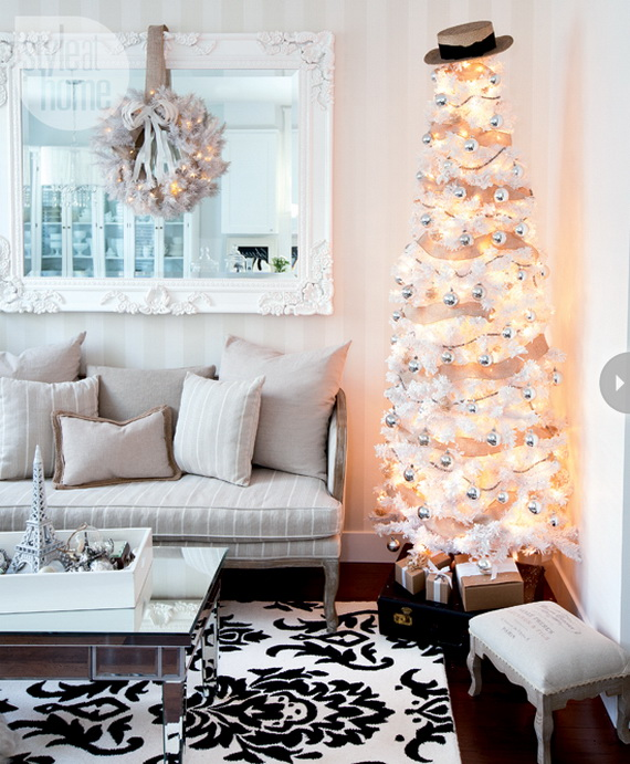 Glamorous Christmas In July Decorating Ideas Using Bright Christmas