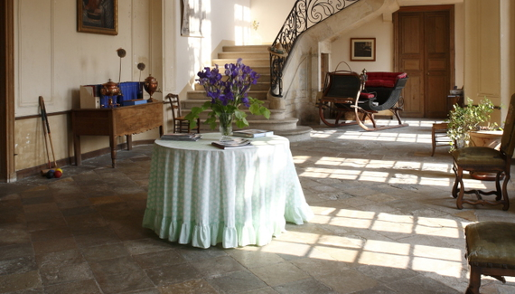 C18th Burgundy Chateau a Charming Hotel in Bourgogne France_01