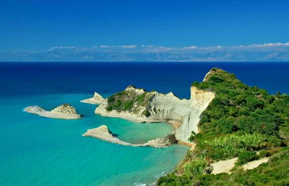 Corfu-Best-Greek-Islands-for-Family-Holidays_03